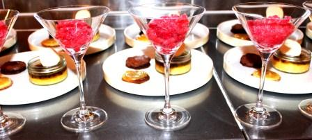 slidebild-rhabarbar-erbeer-granita_-web-dinner-abend